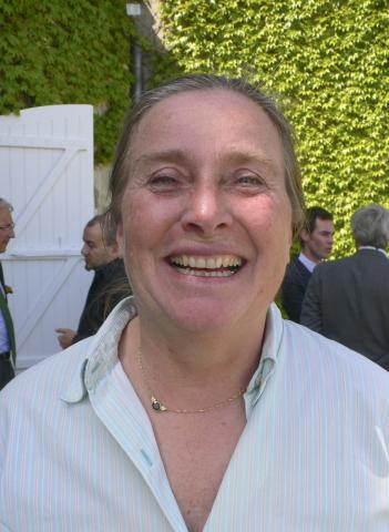 Lady Langoa?: For it is she: Liliane Barton of Châteaux Léoville-Barton and Langoa-Barton, both very attractive in the tasting line-up. Liliane Barton invited me in for Sunday lunch when i was hanging round outside the gates of Château Langoa-Barton long before I had even thought of becoming a wine journalist. At the lunch I met her father Anthony and his uncle, Ronald Barton. St-Julien 2nd growth Léoville-Barton is consistently one of the best and most reasonably priced 'superseconds'.