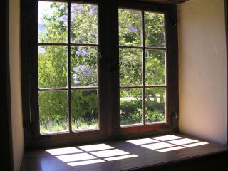 a window on Franschhoek
